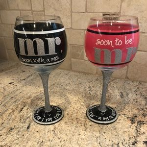 Accessories - Set of two Mr. & Mrs. wine glasses